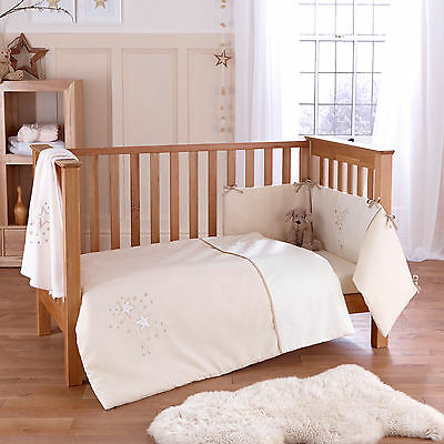 New 4Baby Twinkle Cream Cot / Cot Bed 2 Piece Unisex Quilt & Bumper Bedding Set