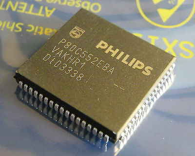 P80C552EBA 8-bit microcontroller with 10-bit A/D, Philips