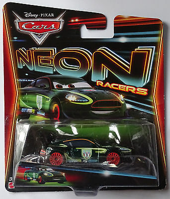 MATTEL® CBG13 Disney® Cars NEON Racers Nigel Gearsley in 1:55