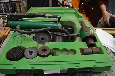 Greenlee Hydraulic Knockout Punch Driver Without Punches and Dies 7646