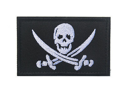 Skull Flag Morale Badge Milspec Tactical 3D Army Embrodiered Hook Loop Patch /01