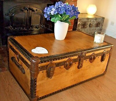 VINTAGE CABIN CHEST Waxed Wood Steamer Trunk OLD LUGGAGE Storage Table