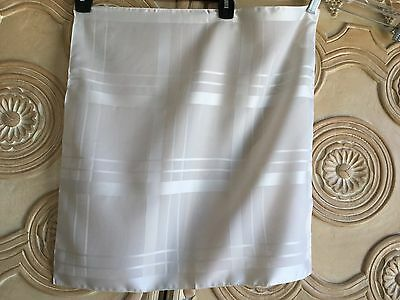 Anonymous 100% Silk Made in Italy Cream Pocket Square