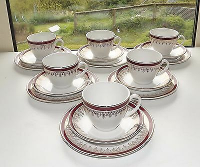 Alfred Meakin 1940s Royalty Pattern 6 x Trios  Cups Saucers Plates Red & Gilt