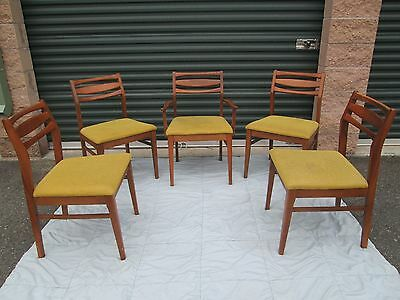 Set Of 5  Mid Century Danish Modern  Dining Chairs GREAT LOOKING DESIGN !!!