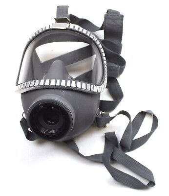 Finland Army M71 Respirator Gas Mask