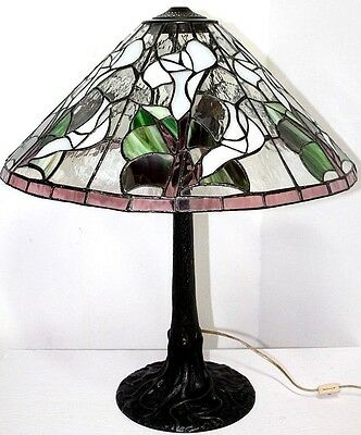 Large Tiffany Style Antique Stained Glass Arts & Crafts Lamp W/ Tree Trunk Base.