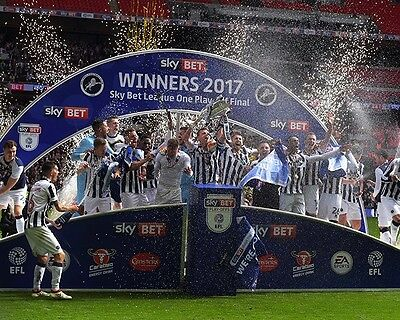 Millwall League One Play Off Winners 2017 Celebrate 10x8 Photo