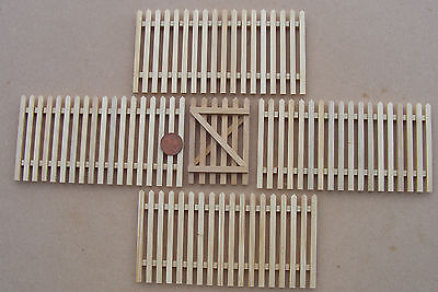 1:12th Natural Finish Set Of 4 Picket Fence Pieces & Gate Dolls House Miniature