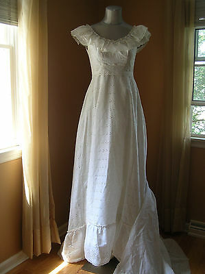 Vintage Eyelet Wedding Dress Hippie Country Barn Wedding Dress Small