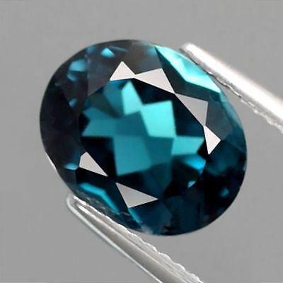 4.22 ct. VS ! Ovaler 10.7 x 8.5 mm Brasilien London Blue Topas