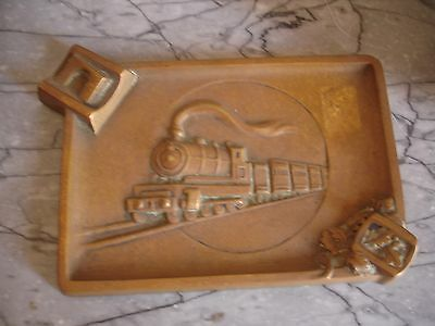 cendrier en bronze . SNCF. chemin de fer . train . locomotive . PLM