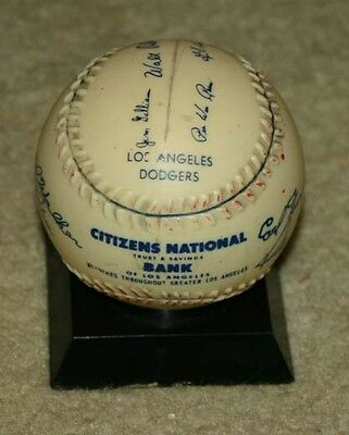 Vintage 1St Year ? Los Angeles Dodgers Autgraphed Baseball Bank Hodges Reese