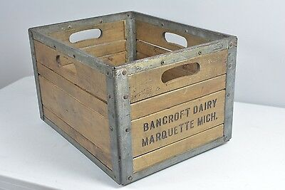 RARE !!! Bancroft Dairy Marquette Michigan Metal Reinforced Wood Crate Bottle