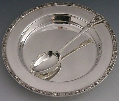 QUALITY ENGLISH CELTIC DRAGONS STERLING SILVER PLATE AND SPOON 1935/1936 200g