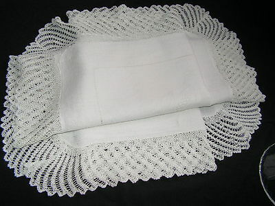 B'ful Vintage White  Irish Linen Damask & Hand Worked Knitted & Thread Work Lace