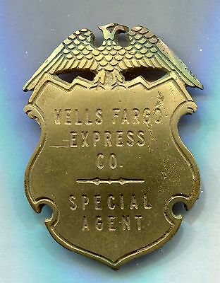 insigne . chemin de fer . train . Wells Fargo Express CO .  Spécial agent