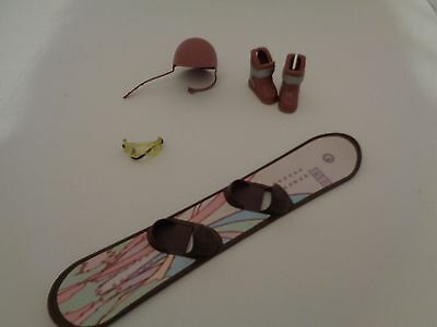 Barbies Rare  My Scene Maddison snow Board/ boots/ helmet goggles  accessories