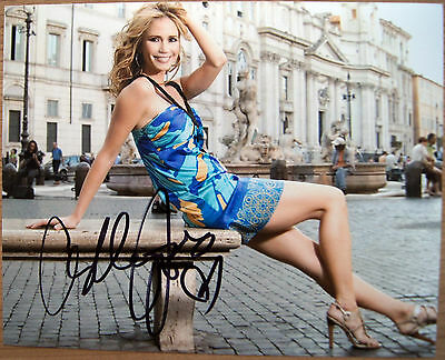 Autogramm 20x25cm ASHLEY JONES (True Blood) *handsigniert* COA
