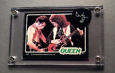 Nice Queen Brian May silver on black guitar pick / 1979 Donruss card #17 display