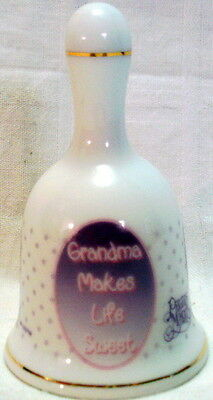 1999 PRECIOUS MOMENTS Grandma Makes Life Sweet ILLUSTRATED BELL Cookies for Kids