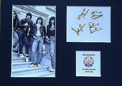 Limited Edition The Ramones Fully Signed Mount Display AUTOGRAPH DEE DEE JOEY