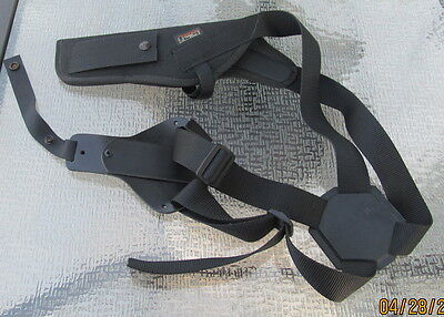 Uncle Mike's Black Nylon Sidekick Shoulder Holster Size 3 - Right Handed - NICE