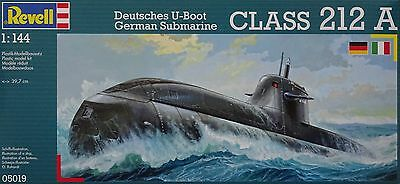 REVELL® 05019 German Submarine Class 212 A in 1:144