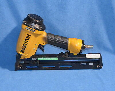 Stanley Bostitch N52FN Pneumatic Industrial Oil Free Angled Finish Nailer