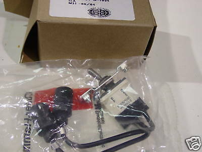 Cutler Hammer Mil-Spec Toggle Switch Ms39061-3 New