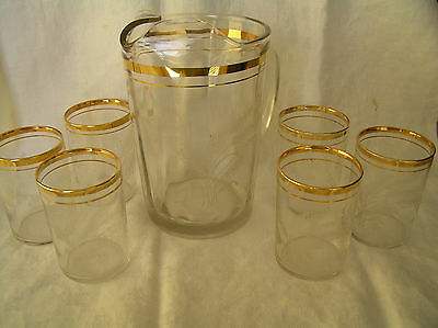3pt8 PRESSED GLASS WATER PITCHER & 5 GLASSES ETCHED WHEAT PATTERN WITH GOLD TRIM