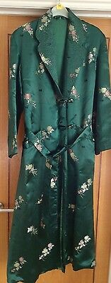 LADIES FINE VINTAGE SATIN DRESSING GOWN fit size 14 / 16 UK
