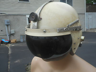 US Air Force P-4B Flight Helmet Size Large MFG Consolidated Controls. 1950s