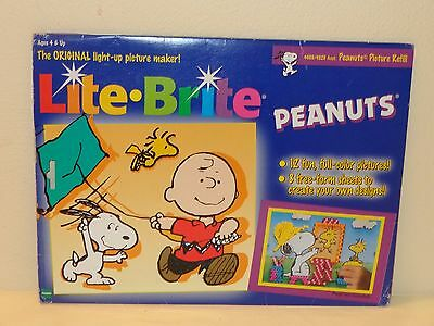 18 LITE BRITE REFILL SHEETS - Charlie Brown Peanuts & Blank Sheets (unpunched)