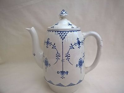 "Furnivals ""Denmark"" Coffee Pot - 2 pint - Blue White Floral - FAULT!"