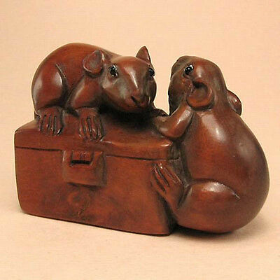 Boxwood Netsuke MICE ON BOX Carving  WN519