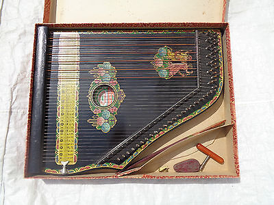 Concert Guitarr Zither