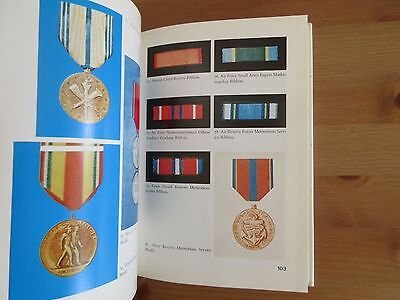 reference BOOK US MEDALS RIBBONS PRINTED IN VIETNAM ERA robles