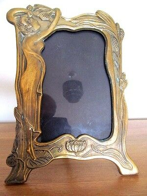 Superb  Vintage Art Nouveau Brass Photo / Picture Frame.
