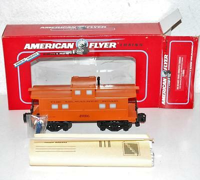 American Flyer 6-49006 Milwaukee Road Animated Caboose Ml Rd brakeman moves S