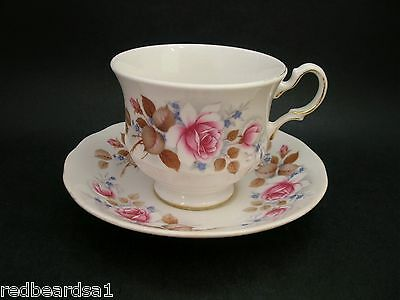 Queen Anne Pink Roses Shabby Chic Vintage Bone China Tea Cup Saucer 8521 England