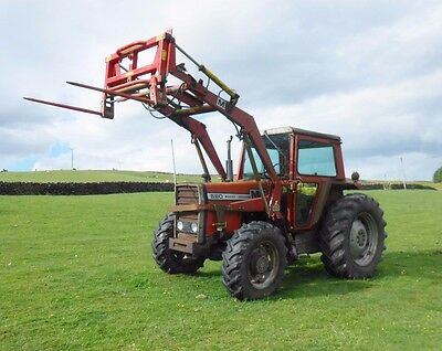 Massey Ferguson 590 4 WD tractor & Loader. Road Reg'd With V5. Yr 1981. Reliable