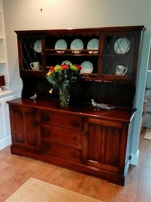 Quality Solid Oak Linenfold Welsh Dresser Sideboard Leaded Glass Display Cabinet