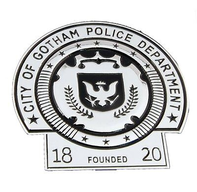 BATMAN Dark Knight Gotham Police Department Movie Badge Prop Replica With Holder