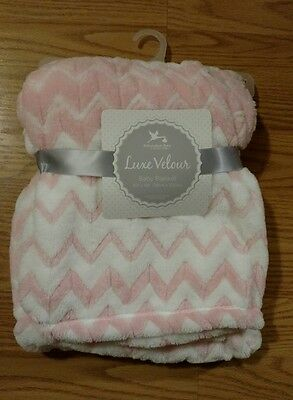 ADIRONDACK Baby Blanket Soft Pink White Infant Lovey Toddlers Girl Triangles NEW