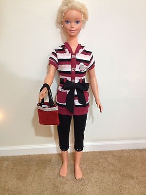 Two Piece Outfit With Matching Purse For 36 Or 38 Inch Doll