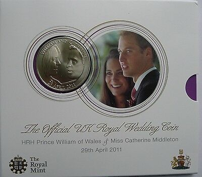 Five Pound £5 2011 William and Kate Wedding Official Royal Mint Pack