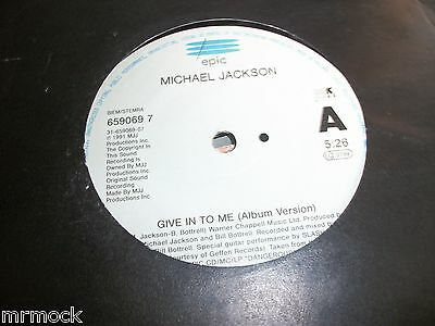 """MICHAEL JACKSON- GIVE IN TO ME VINYL 7"""" 45RPM p"""