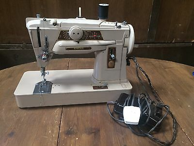 Singer 401 G Heavy Duty Semi Industrial  Embroidery Zig Zag Sewing Machine #592