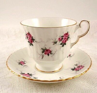 Hammersley WINDSOR ROSE Tea Cup & Saucer PRINCESS HOUSE Exclusive